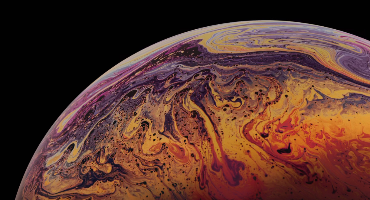 Before the release of the iPhone Xs, the wallpaper built into the gold version was generally considered to be the surface of a certain planet, and it looked ...