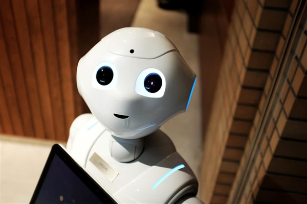 Windows 10 big change! Support for robot system for the first